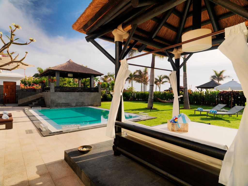 Private Garden Villa with your own Balinese Bed and swimming pool at the Palacio De Isora Hotel
