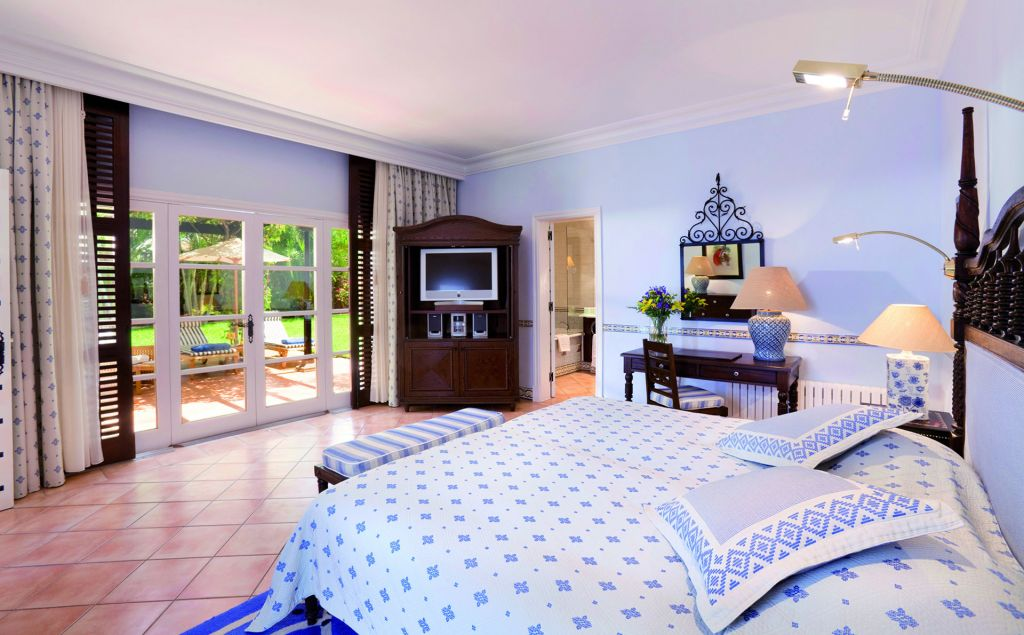 Bedroom Suite at the Seaside Grand Hotel Residencia