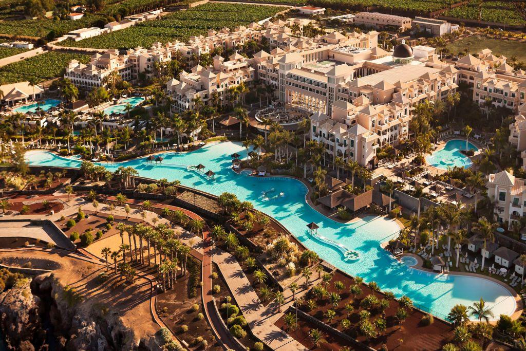 Swimming pools and outside terraces at the Gran Melia Palacio de Isora, Tenerife