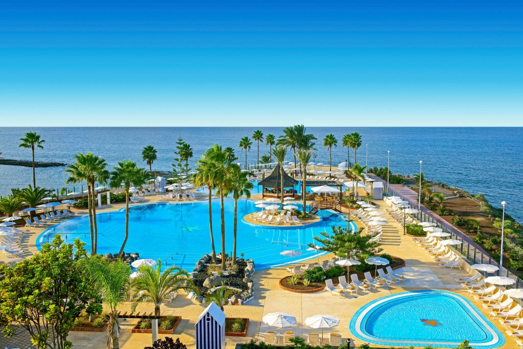 Swimming Pools and sea views at the Iberostar Anthelia Hotel in Tenerife, Canary Islands