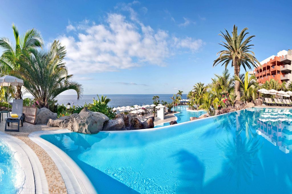 Infinity Swimming Pool at the Roca Nivaria Hotel in Adeje, Tenerife